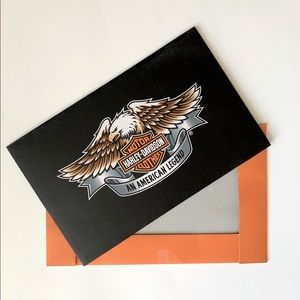 Free with purchase of Harley Davidson item!🧡🖤